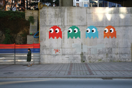Space Invader bombs Hollywood