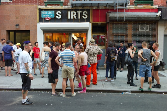 Summer Art Scene in front of Strange Loop / Photo by Max Noy
