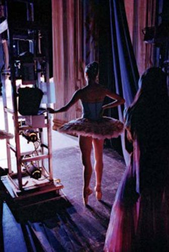 "Featured Opening: Henry Leutwyler's ""Ballet"" at Foley Gallery"