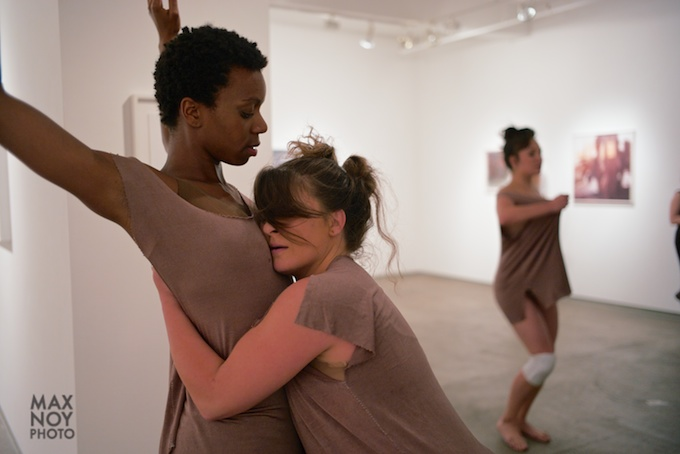 Clinging on and the dynamics of the journey through dance