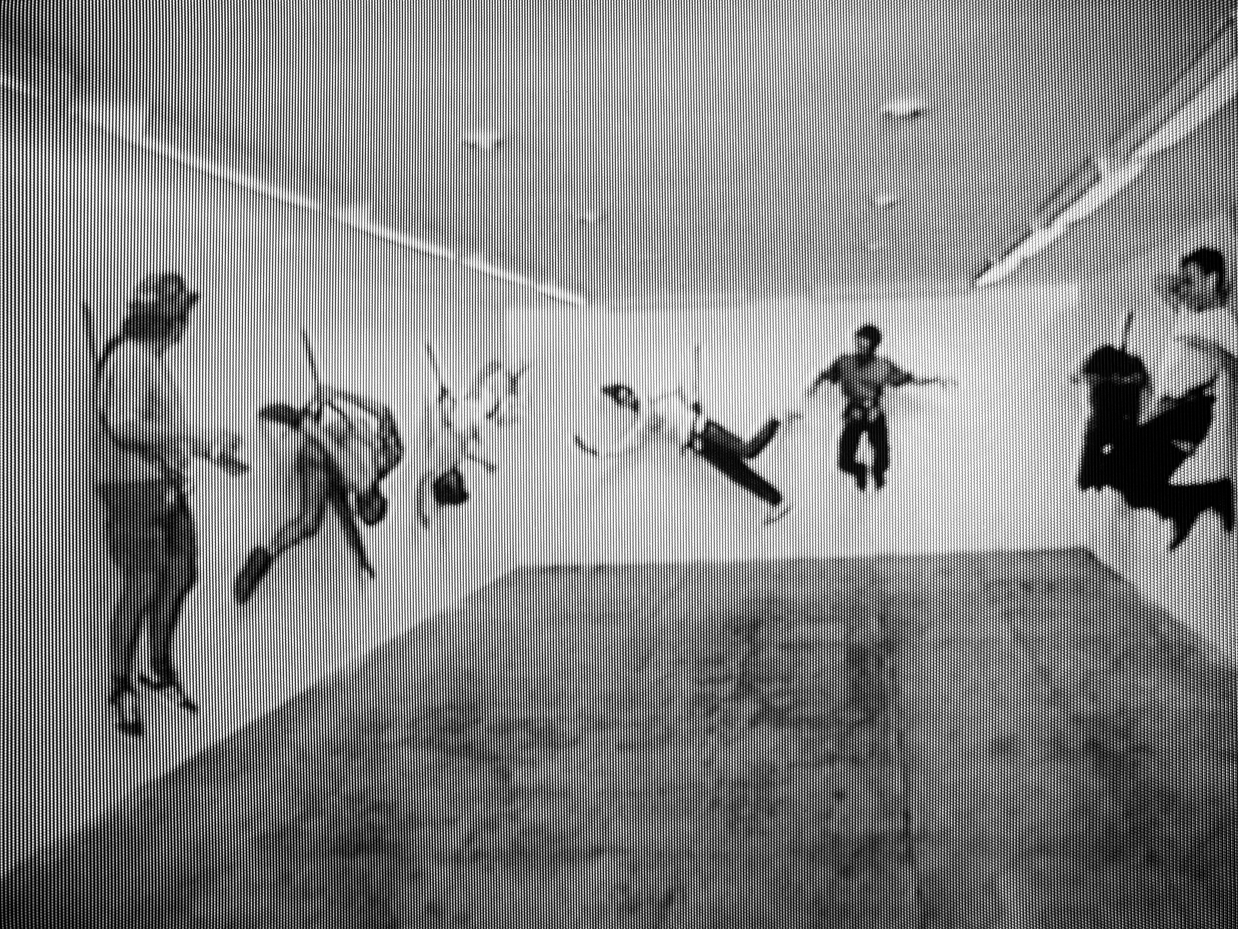 Raul Mourao 7 artists, 1995, digital video, black and white, sound,1' (still da video)