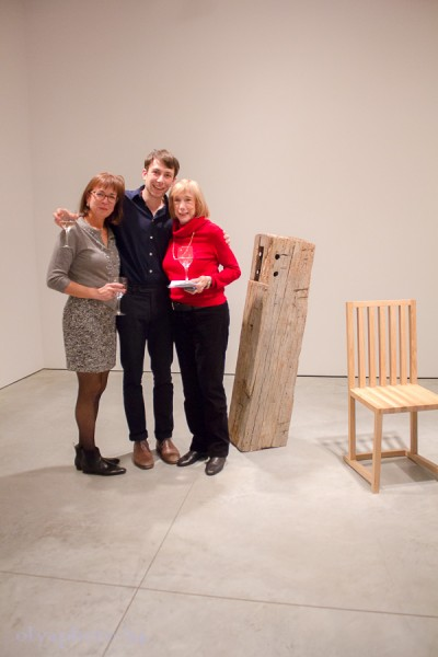 The artist Jeff Landman (center) with his mom (L) and grandma (R)
