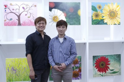 (L-R) Music Director Sooyoung Kim and artist Adrian Yoon