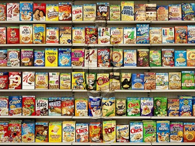 Liu Bolin, Hiding in New York No. 8 - Cereal, 2013
