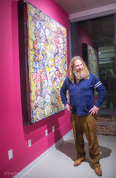 Curator Gregory de la Haba