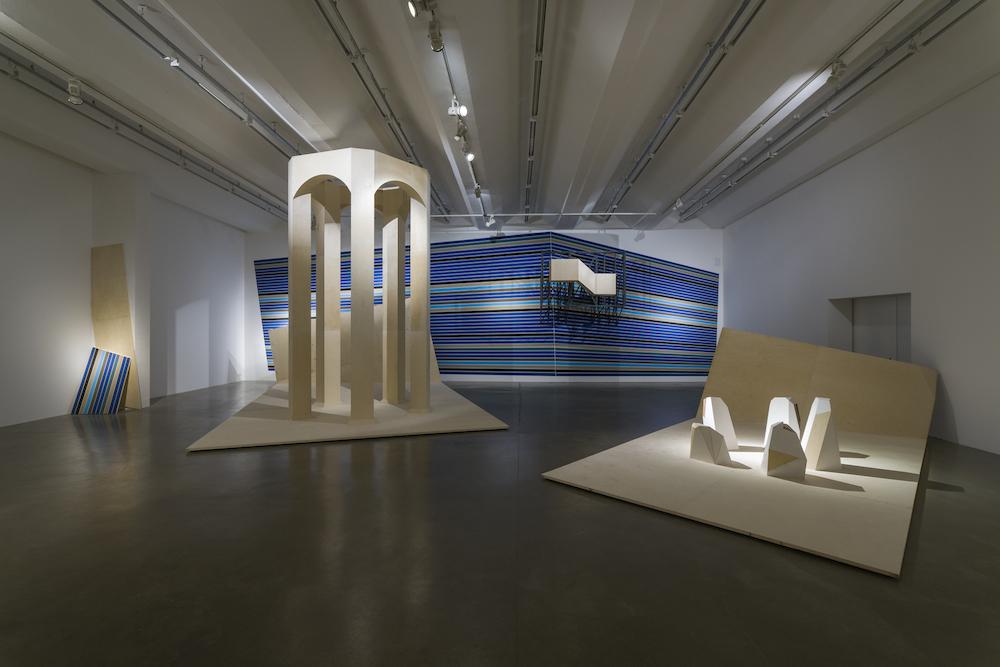 Installation view JAY GARD - WRONG HISTORY, SEXAUER Gallery, Berlin, 2015 / photo (c) Marcus Schneider