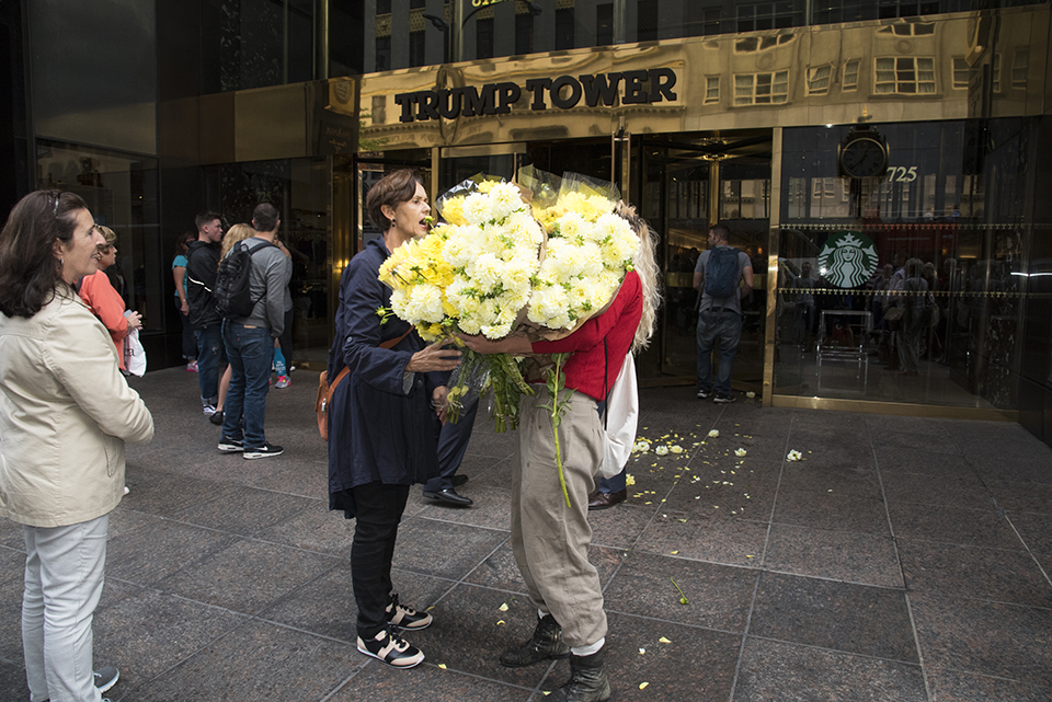 flowers for donald trump