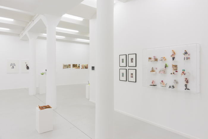 "Exhibition view ""PORN TO PIZZA– Domestic Clichés"", 2015, works by: Patrick Lichty, Emilie Gervais, Hayley Silverman, Eva Papamargariti, Domenico Barra, Laurence Gartel and Jessica Lichtenstein / DAM Gallery, Berlin / Photo © Marcus Schneider"