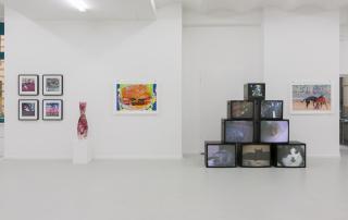 "Exhibition view ""PORN TO PIZZA– Domestic Clichés"", 2015, works by: Carla Gannis, Lindsay Lawson, Paul Hertz, Faith Holland / DAM Gallery, Berlin / Photo © Marcus Schneider"