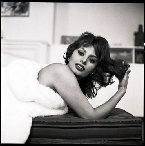 Sophia Loren, 1959 Copyright Tony Vaccaro, Michael A Vaccaro Studio