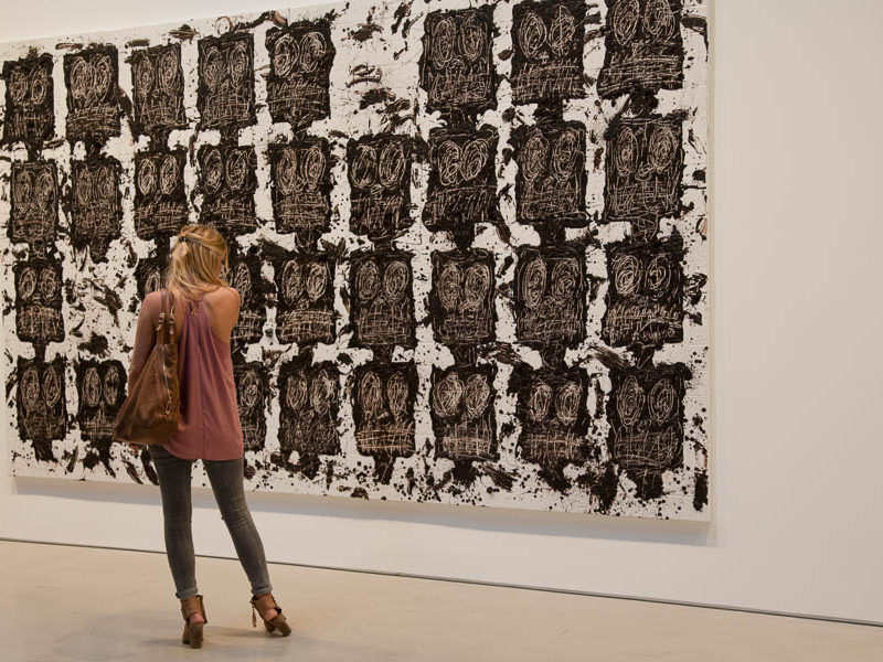 Facing the anxious audience of Rashid Johnson